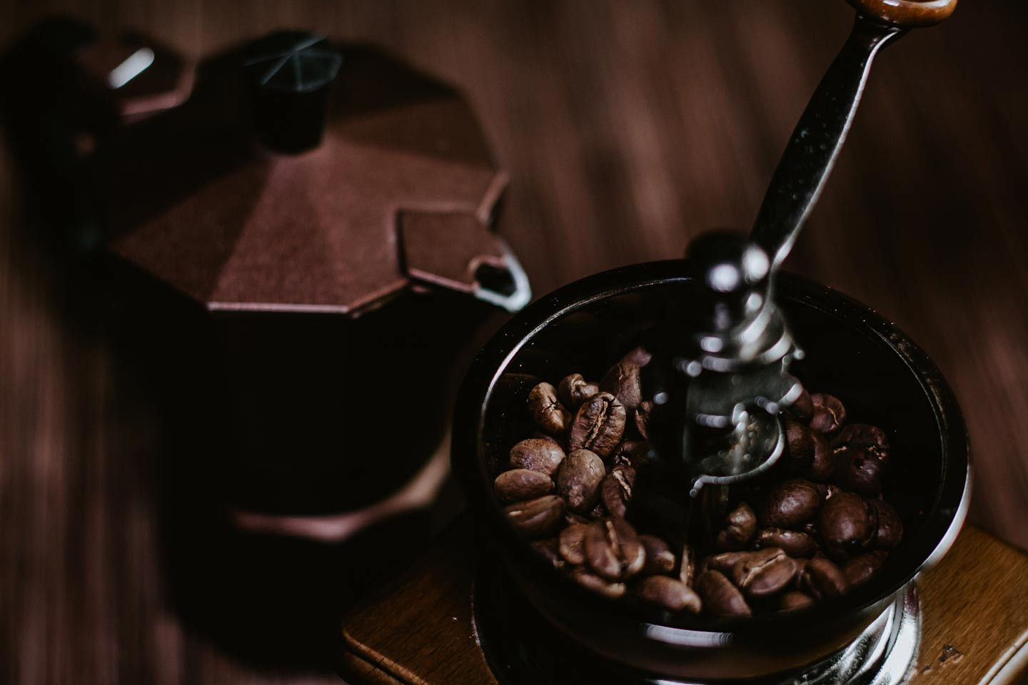 Guide to enjoy coffee with your Moka pot